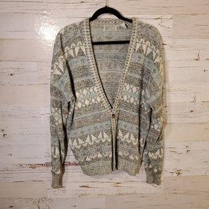 Method vintage cardigan sweater